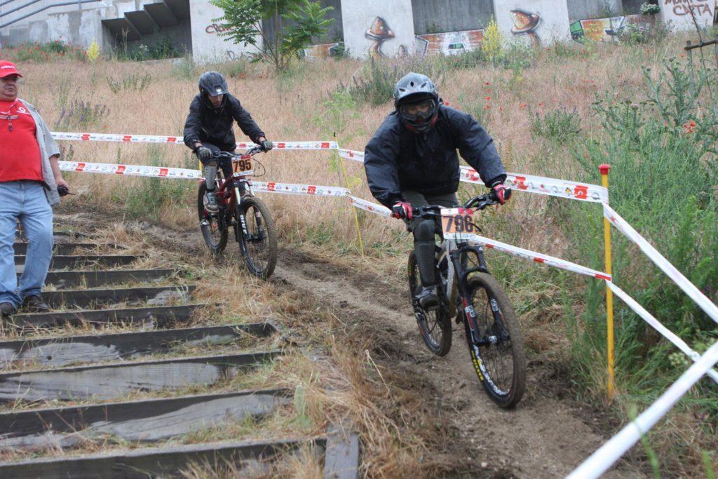 Downhill Urbano 2009 4