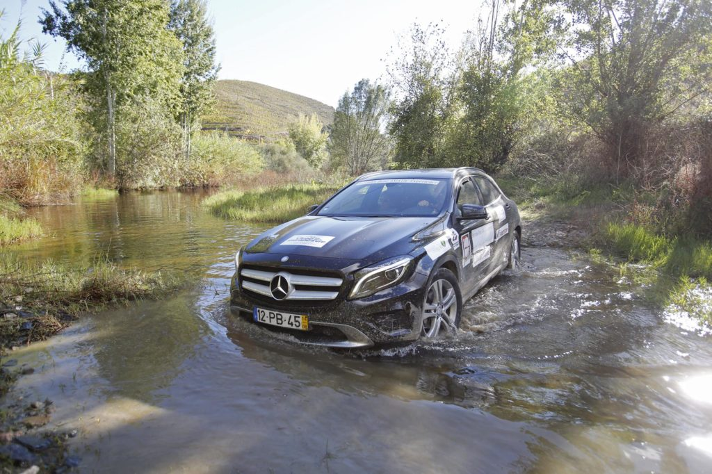 Mercedes Benz 4MATIC Experience 2014 80