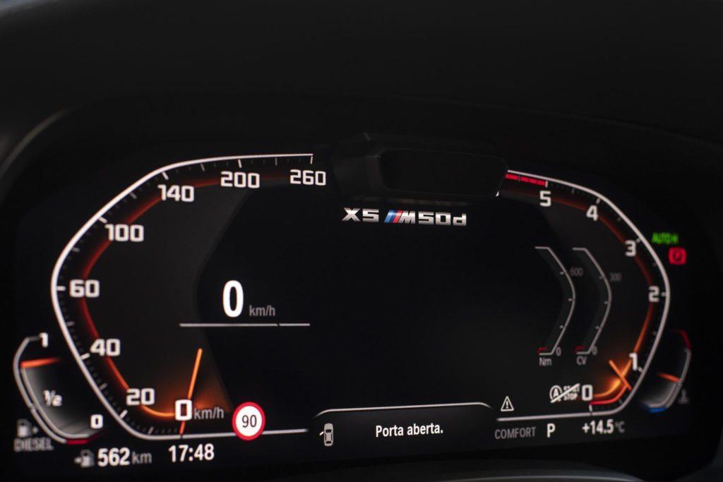 BMW X5 M50d 32