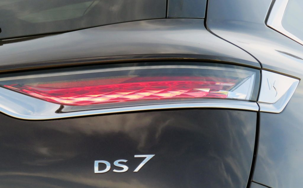 DS7 Crossback 35