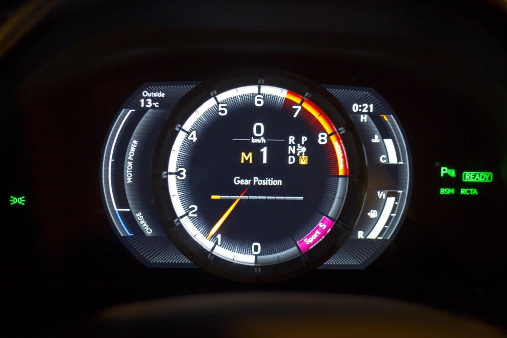 Lexus LC500h 25