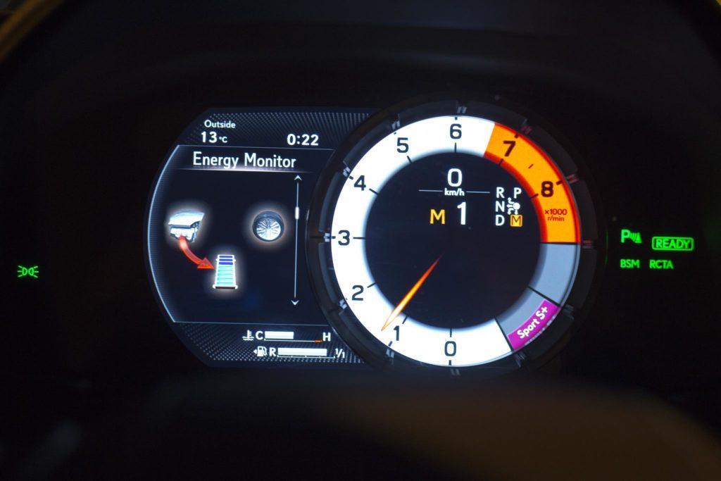 Lexus LC500h 26