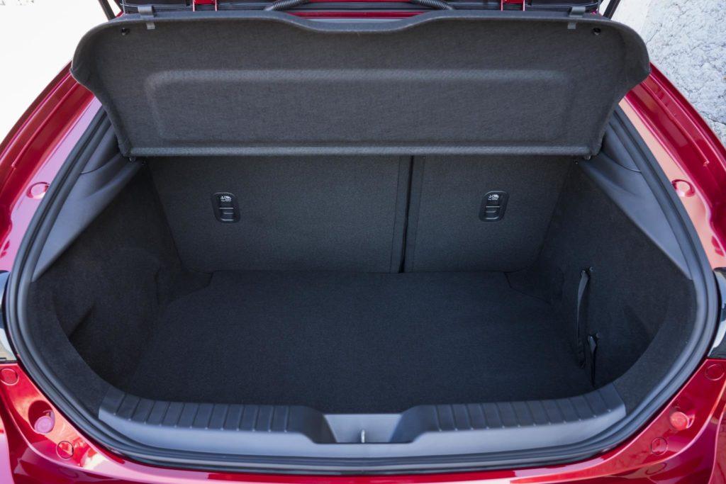Mazda3 2019 HB 14
