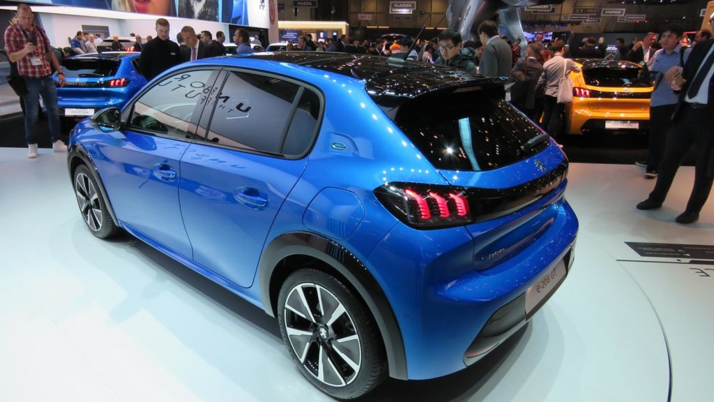 Peugeot 208 Genebra 2018 9