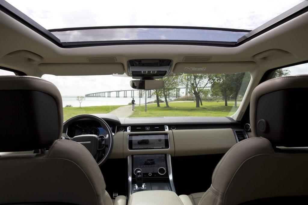 Range Rover Sport P400e HSE 18