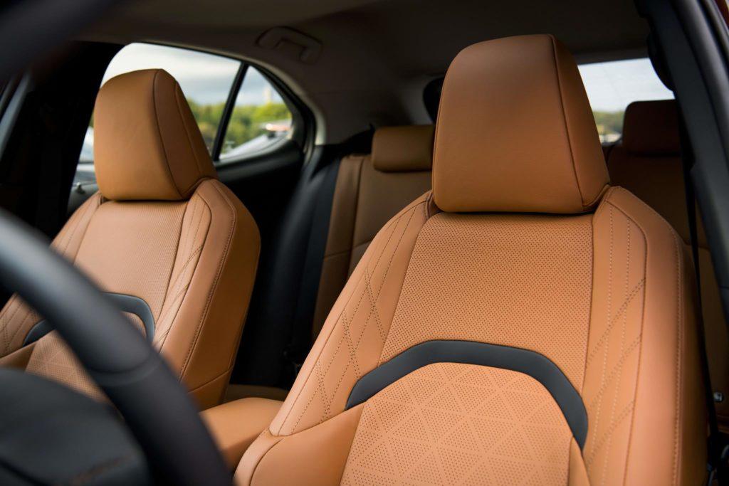 Lexus UX 250h 3