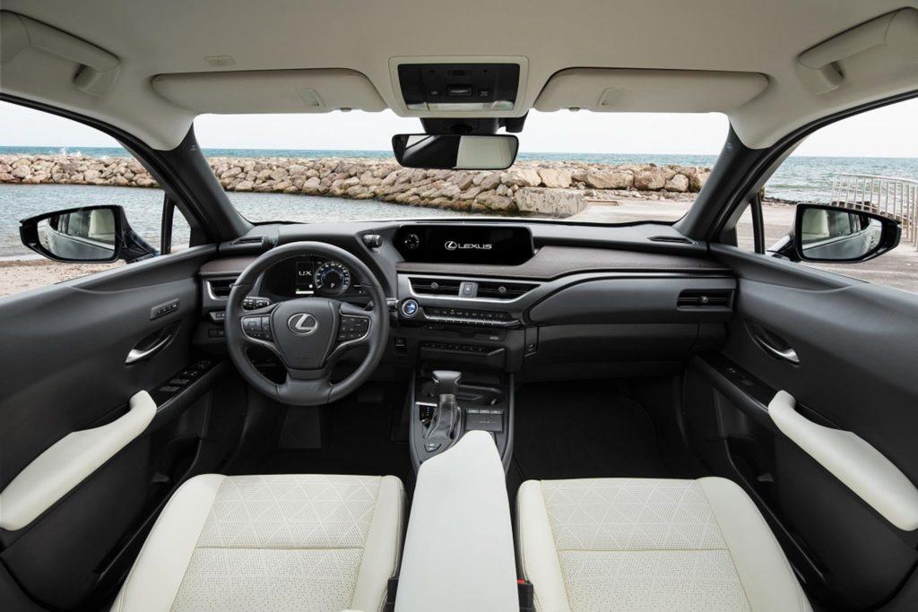 Lexus UX 250h 5