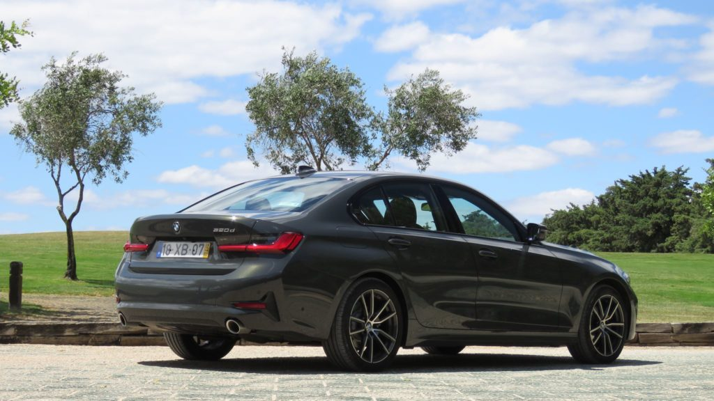 BMW 320d berlina 51