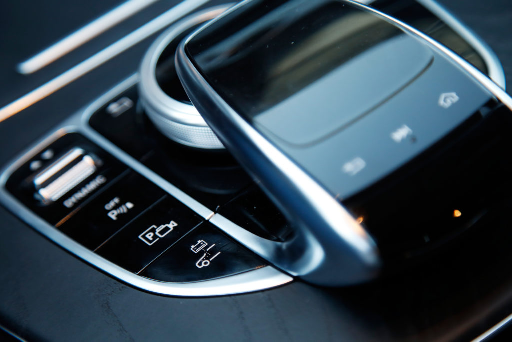 Mercedes Benz E300de 17