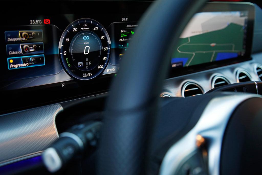Mercedes Benz E300de 21