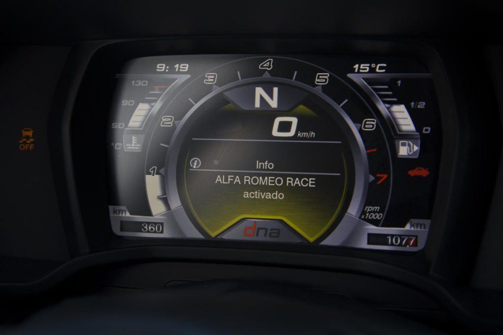 Alfa Romeo 4C Spider Italia 8