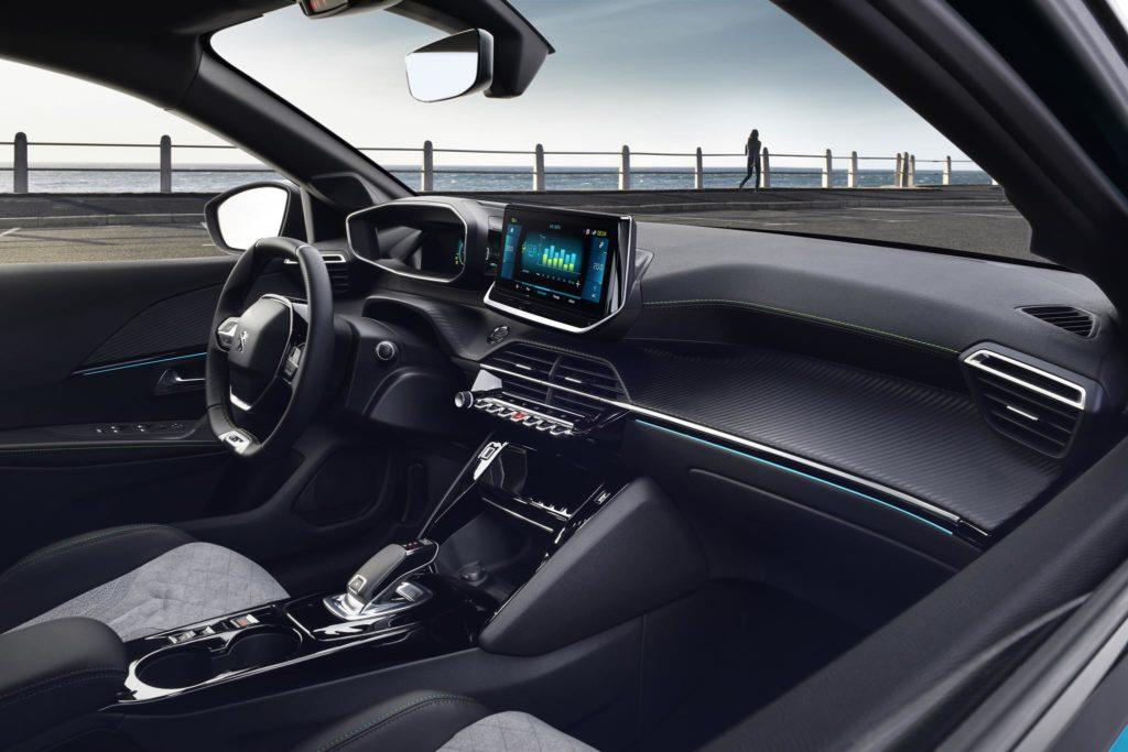 Peugeot 208 2019 13