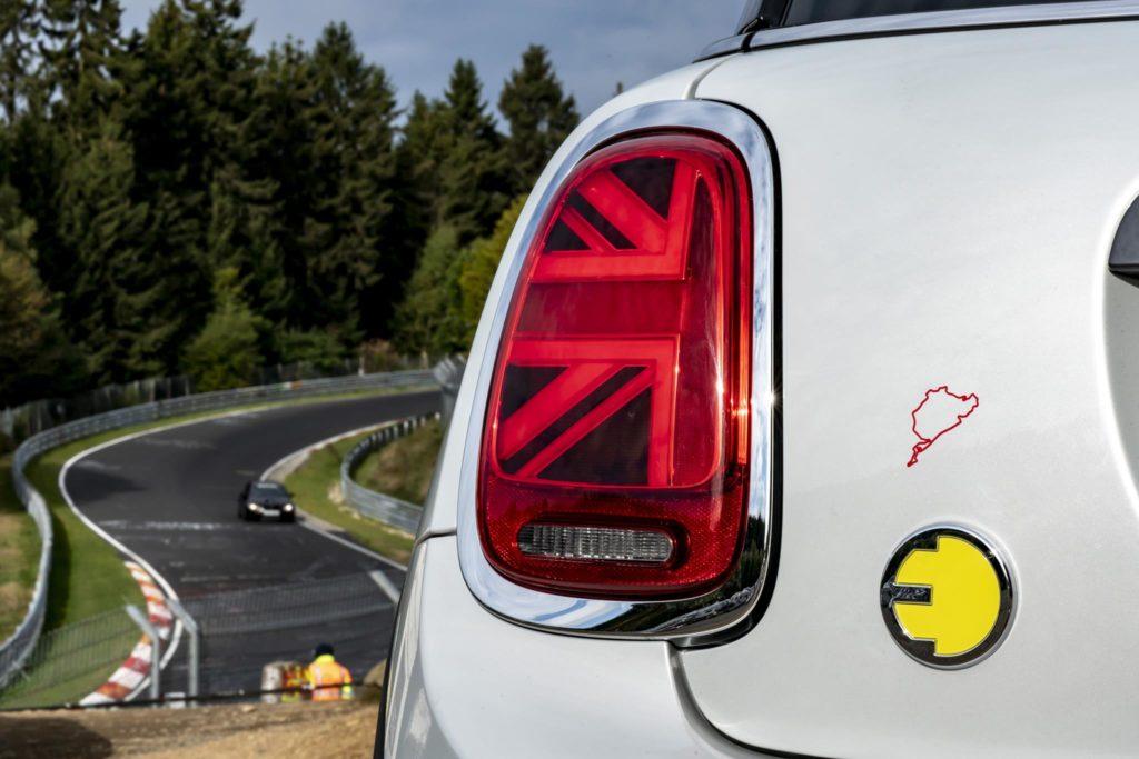 MINI Cooper SE Nurburgring 2