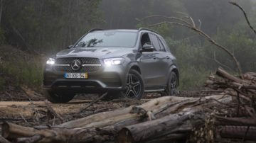 Mercedes Benz GLE350d 28