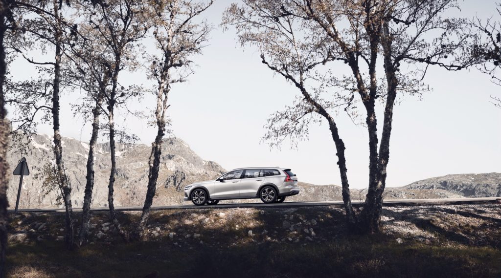 volvo v60 t5 cross country 329