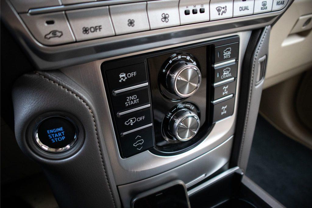 ToyotaLandCruiser150 415