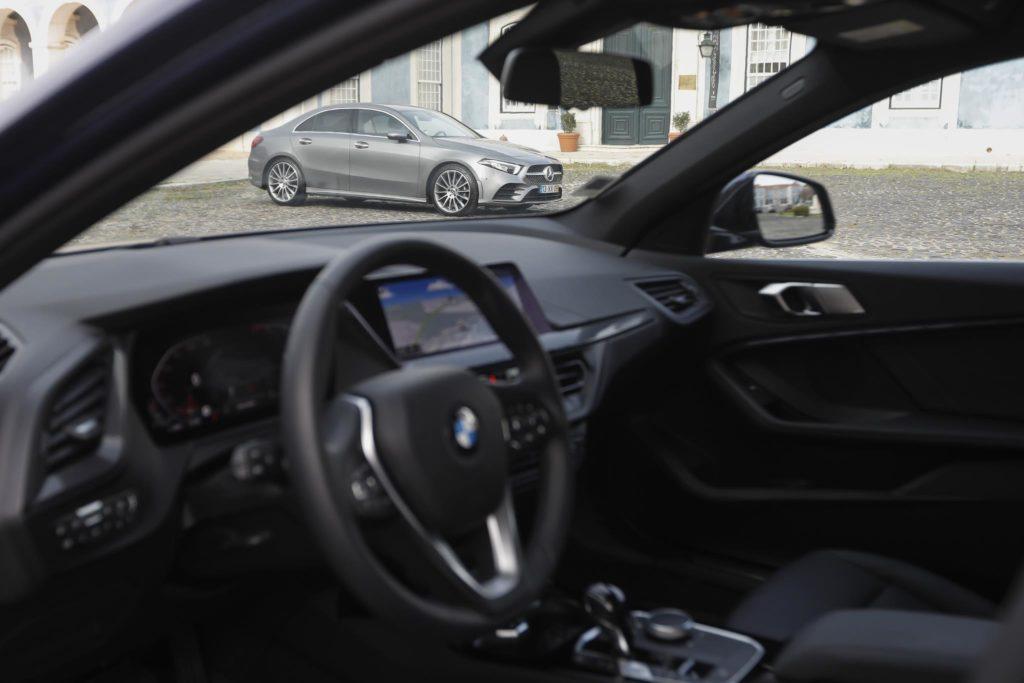 BMW 118i vs Mercedes Benz A200 ELM75 50
