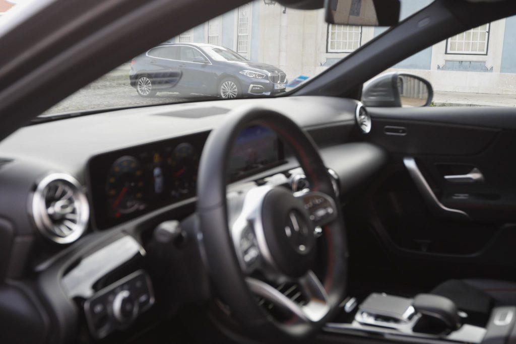 BMW 118i vs Mercedes Benz A200 ELM75 51