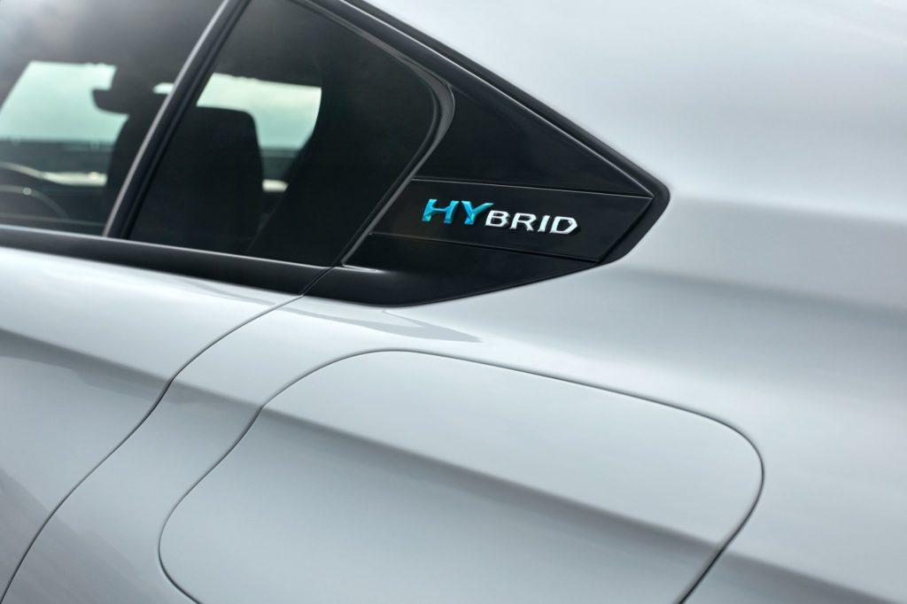 Pormenor Hybrid na nova Peugeot 508