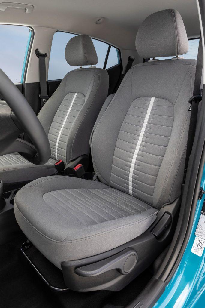 Hyundai i10 bancos dianteiros
