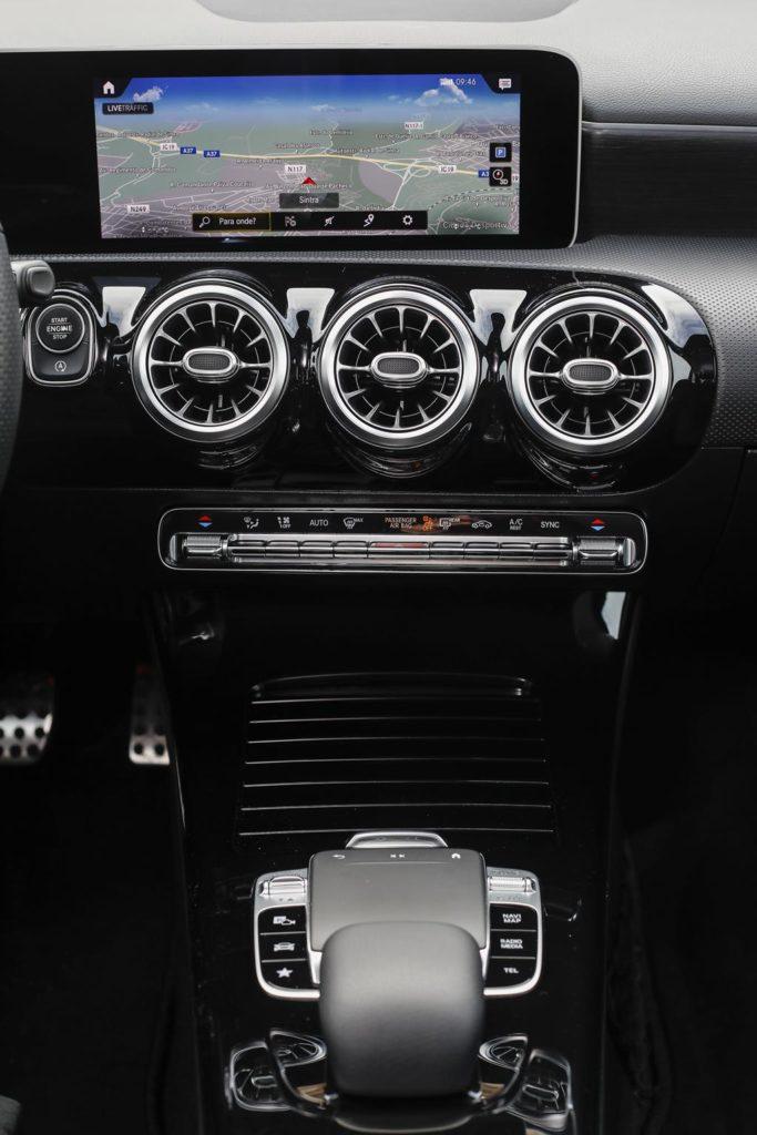 Mercedes Benz A200 ELM75 19