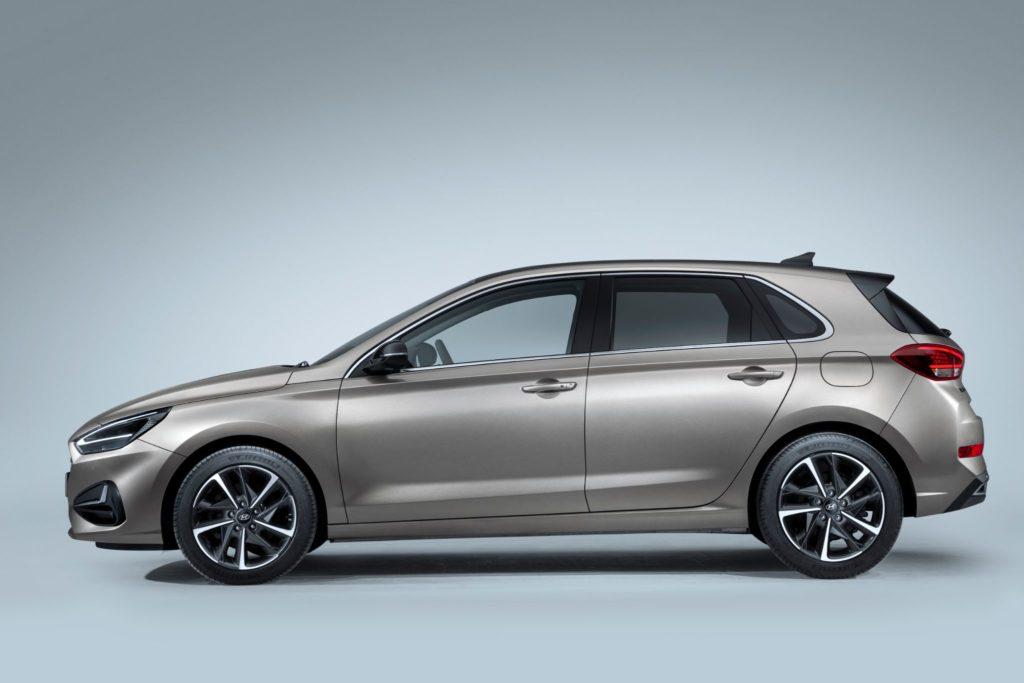 Hyundai i30 vista lateral