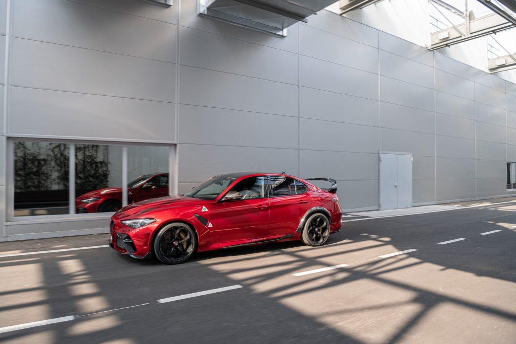 Alfa Romeo Giulia GTA 1