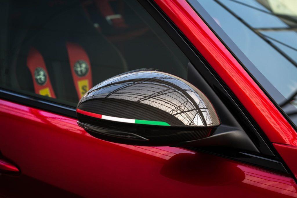 Alfa Romeo Giulia GTA 9