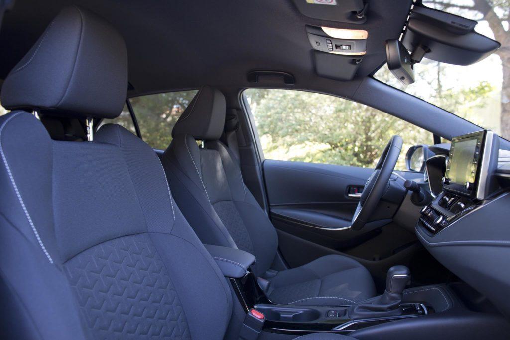 Toyota Corolla 1.8 Hybrid HB 2