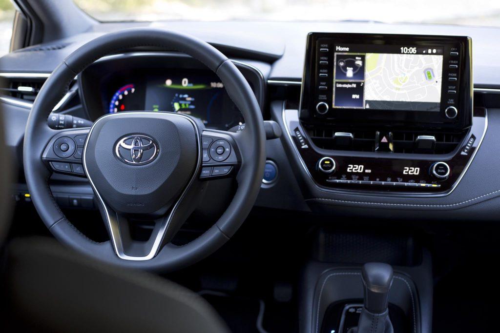 Toyota Corolla 1.8 Hybrid HB 3