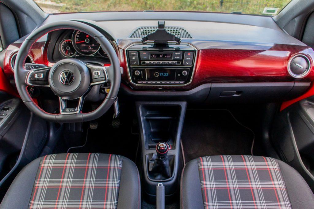 VW UP GTI 104