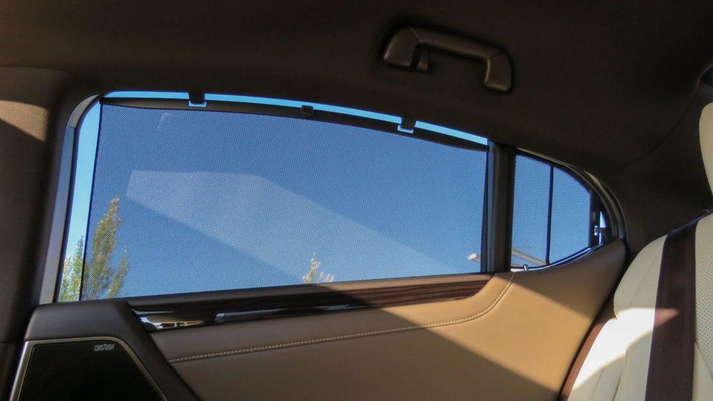 Lexus ES 300h Luxury 12
