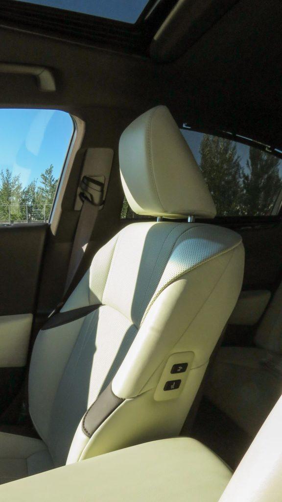 Lexus ES 300h Luxury 3