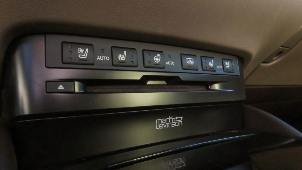 Lexus ES 300h Luxury 4