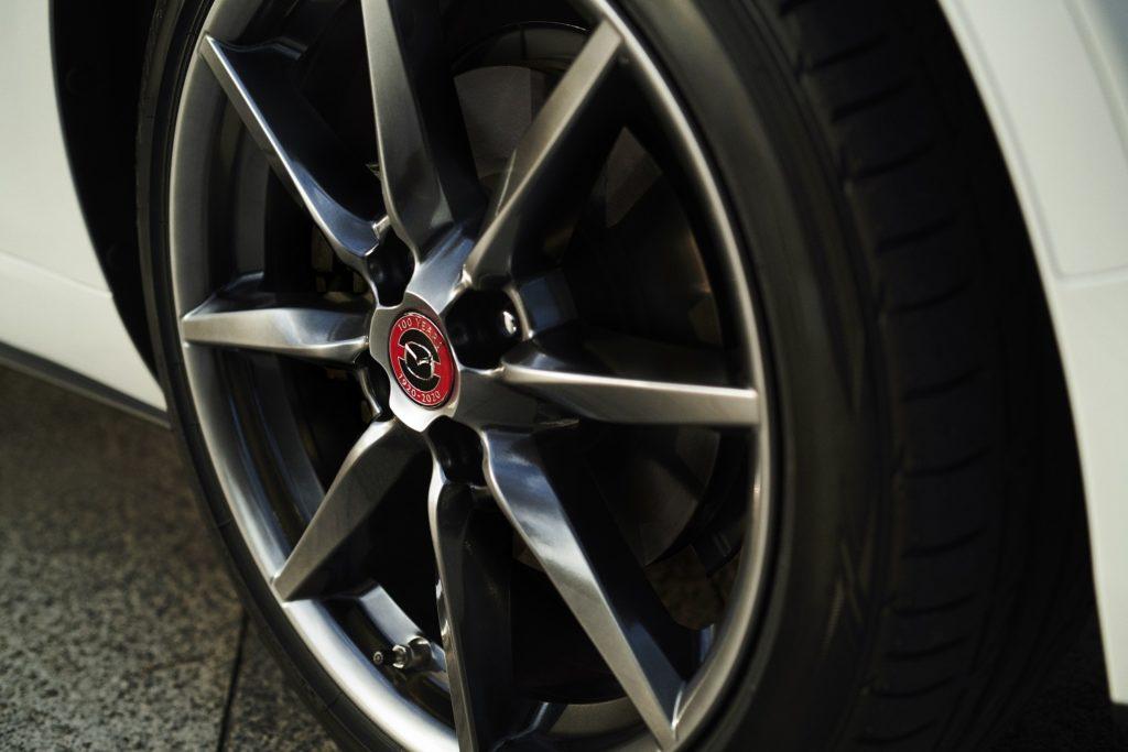 Mazda Edição Especial 100º aniversário 4