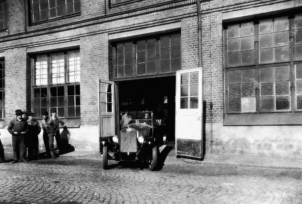 Volvo comemora 93 anos