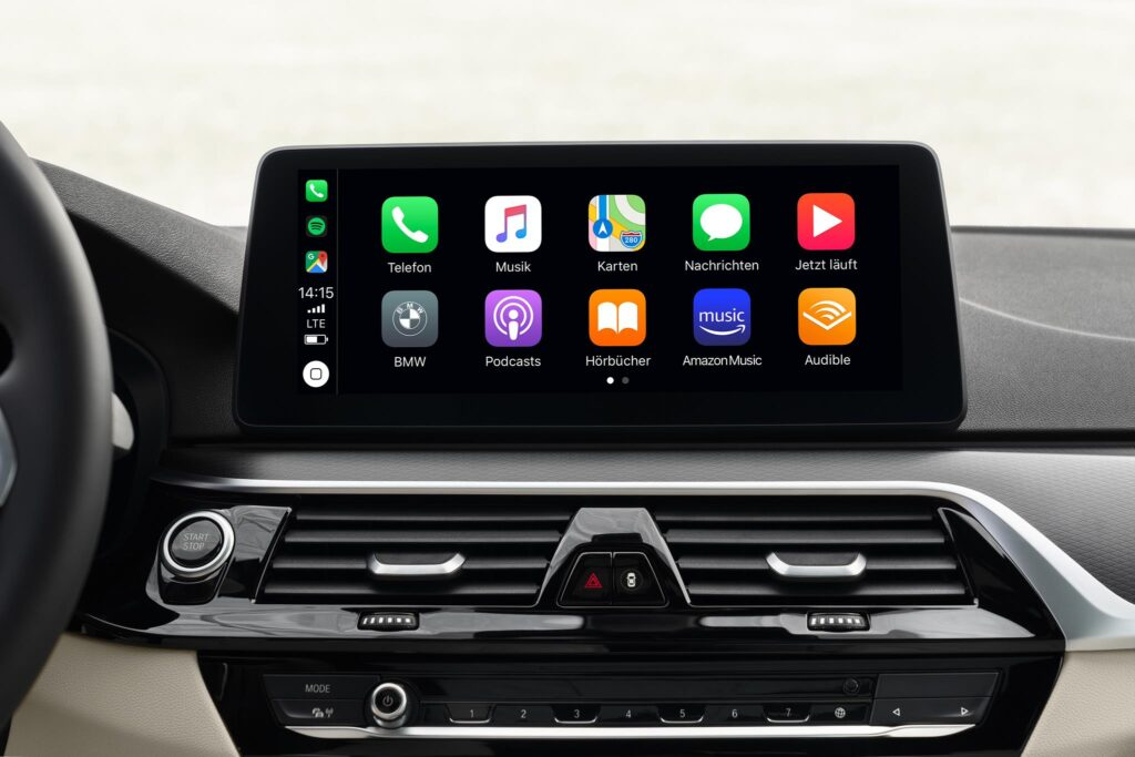 BMW 5 series info entretenimetno apple carplay