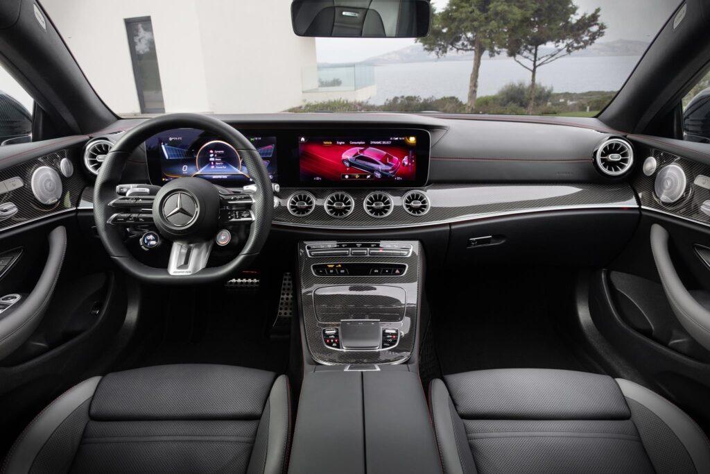 Mercedes AMG E53 4MATIC Coupé 13