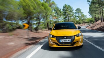 Peugeot 208 melhor automóvel
