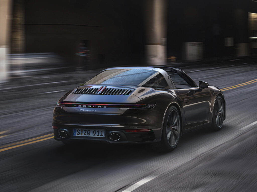 Porsche 992 Targa 10