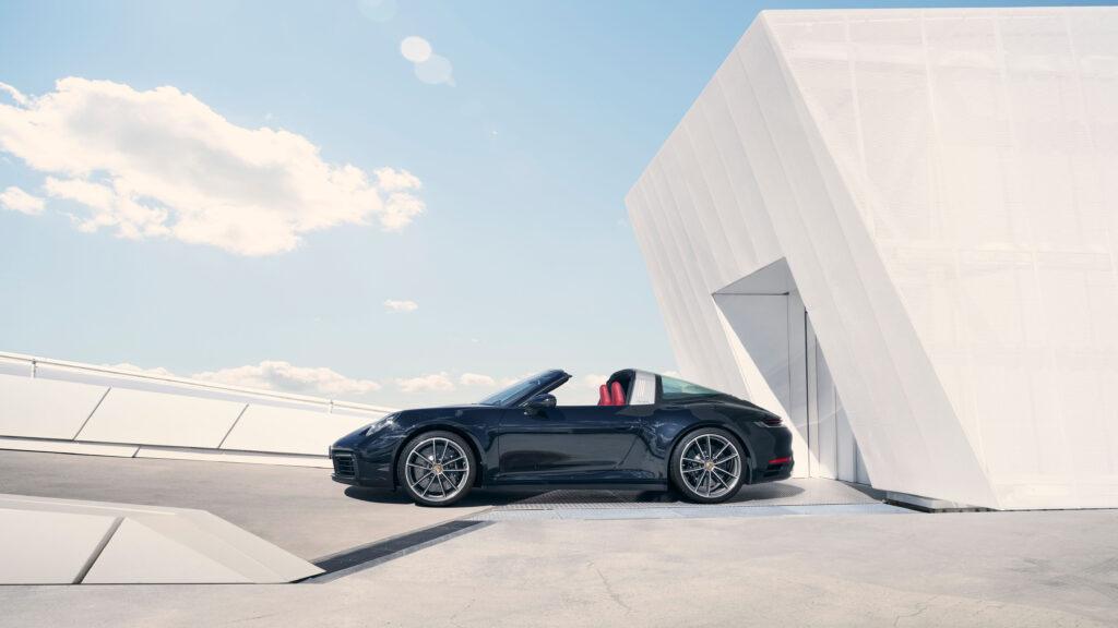 Porsche 992 Targa 8