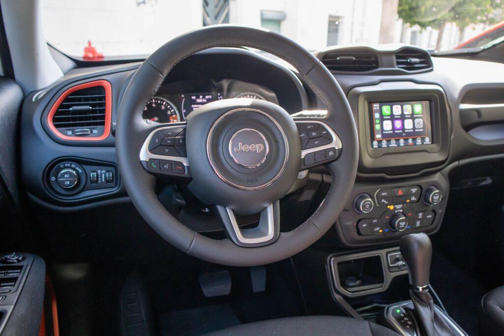 Jeep Renegade Orange Edition 45
