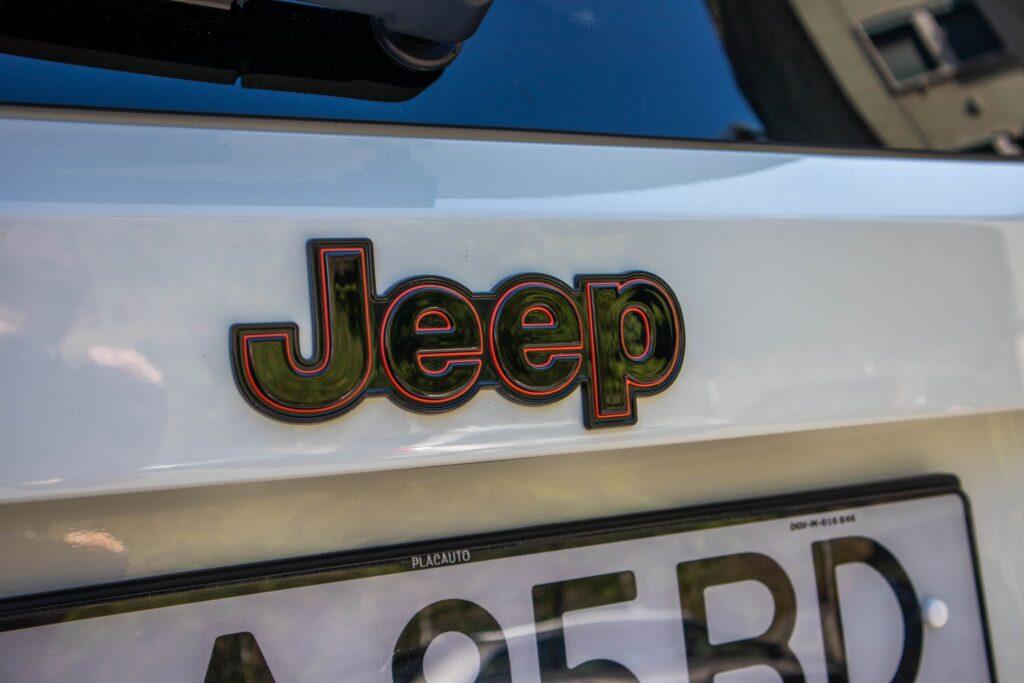 Jeep Renegade Orange Edition 8