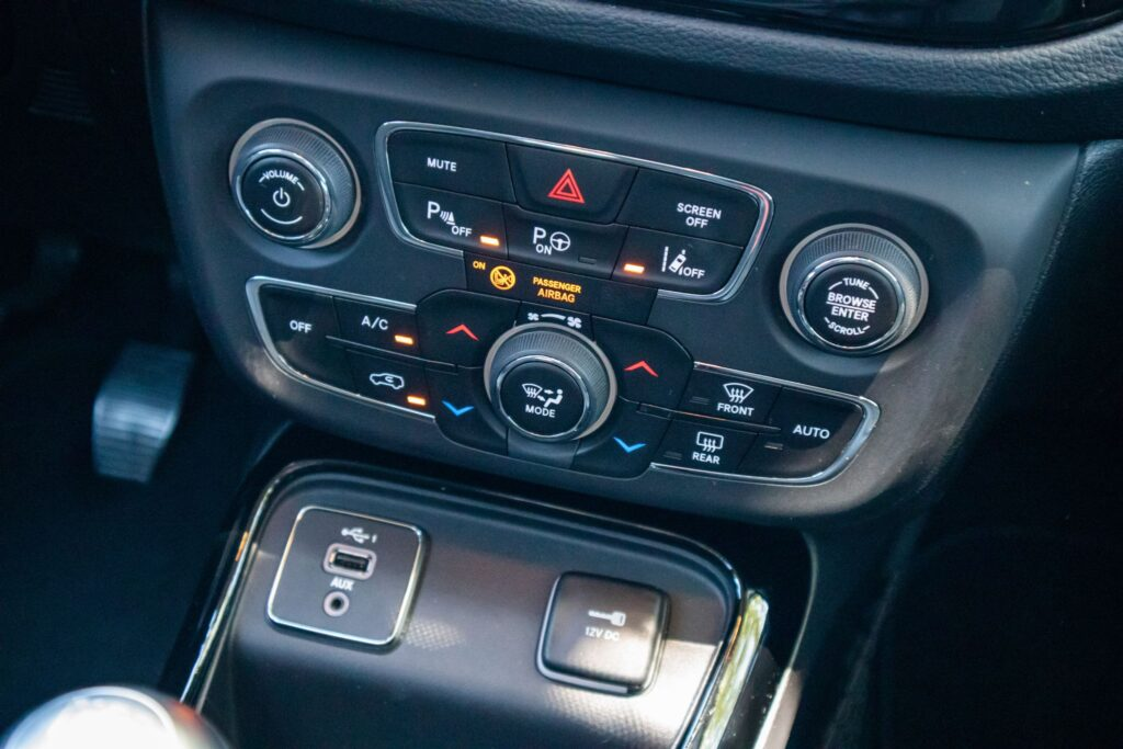 Jeep Compass Limited 126