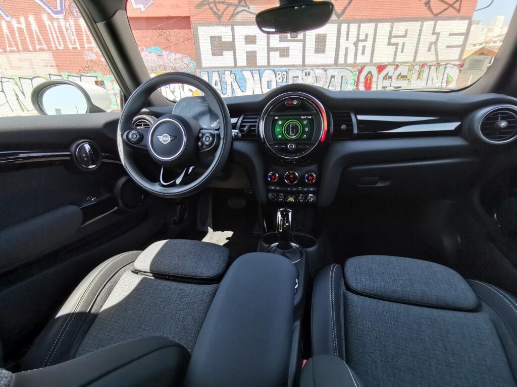 MINI Cooper SE 33