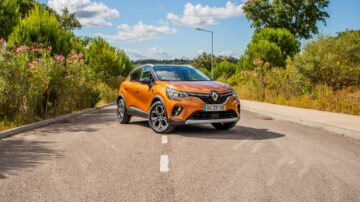 Renault Captur foto de capa