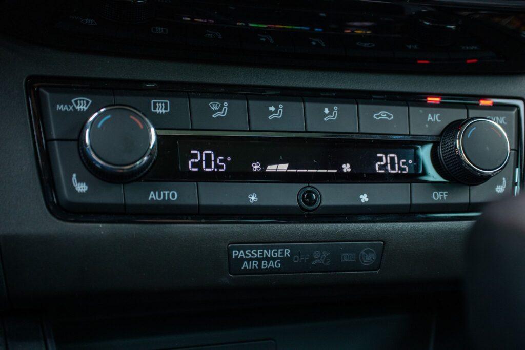 SEAT Ibiza 87