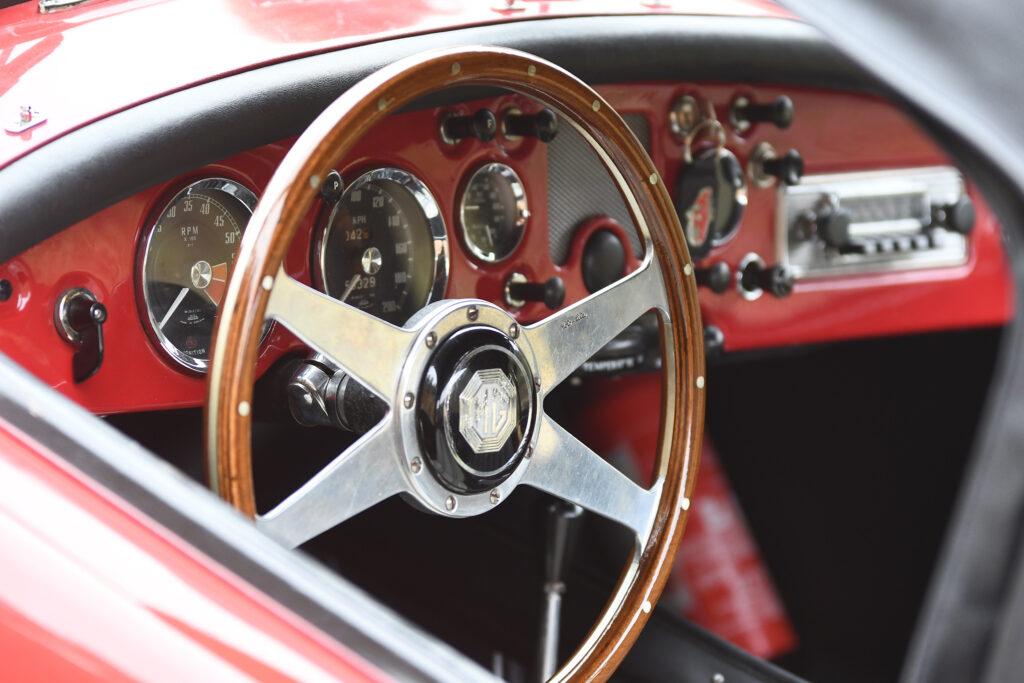 Termas Centro Classic Cars 5