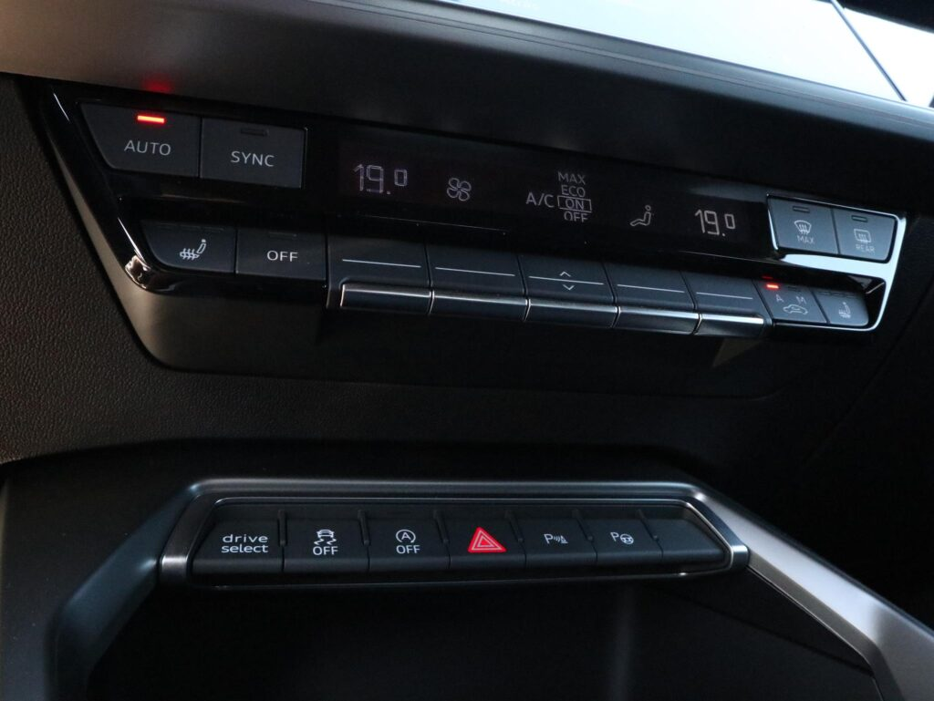 Audi A3 Sportback 30 TDI 10