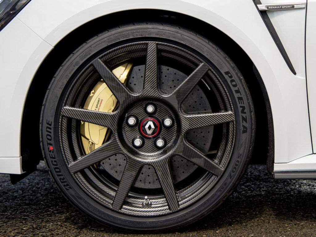 Renault Mégane RS Trophy R jantes carbono